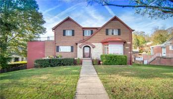 209 Ashby Avenue, Charleston, West Virginia 25314, 5 Bedrooms Bedrooms, 11 Rooms Rooms,3 BathroomsBathrooms,Residential,For Sale,Ashby,246619