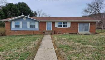 198 Meadow Drive, Culloden, West Virginia 25510, 3 Bedrooms Bedrooms, 6 Rooms Rooms,2 BathroomsBathrooms,Residential,For Sale,Meadow,246414