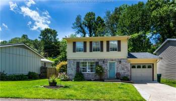 15 Apple Blossom Lane, Culloden, West Virginia 25510, 3 Bedrooms Bedrooms, 6 Rooms Rooms,2 BathroomsBathrooms,Residential,For Sale,Apple Blossom,247620