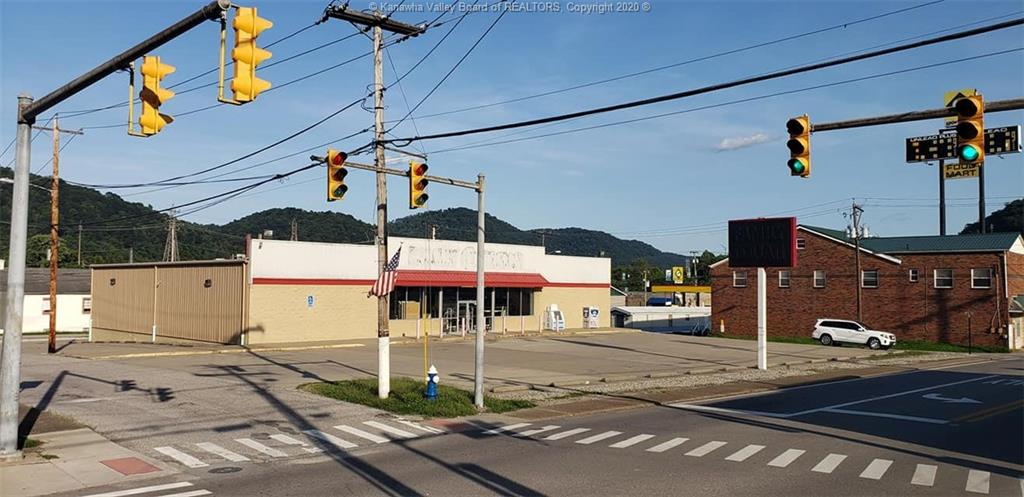 9800 MacCorkle Avenue, Charleston, West Virginia 25315, ,Commercial Sale,For Sale,MacCorkle,243632